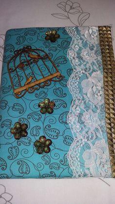 Cadernos gaiola flores renda.. tons de azul e marrom