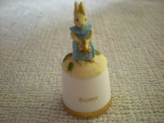 RARE SUTHERLAND  CHINA BEATRIX POTTER  THIMBLE - FLOPSY
