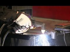 Lincoln Electric isn't just about welding--we specialize in many aspects of metal fabrication, including plasma cutting. This Tech Tip tells you how to get t. Mig Welding Gas, Plasma Arc Welding, Welding Rods, Underwater Welding Schools, Types Of Welding Machines, Stick Welding Tips, Flux Core Welding, Corte Plasma