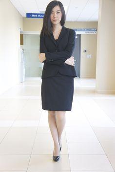 . Business Professional Attire, Black Pencil, Office Style, Viera, Office Fashion, Dress Skirt, Beautiful Women, Suit, Lady