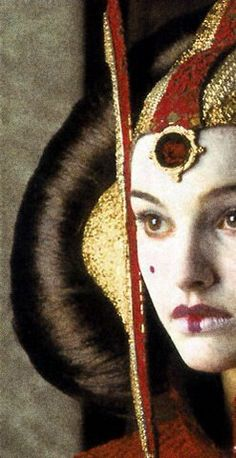 I thought she was the most beautiful queen ever when I first saw this movie in theaters.