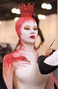 Apart from the lingerie & bikini, body paint makes this world a better place. Here we have some of the sexiest and mind-blowing photos of body paint. Extreme Makeup, Fantasy Make Up, Body Makeup, Fx Makeup, Theatrical Makeup, Make Up Art, Special Effects Makeup, Creative Makeup, Costume Makeup