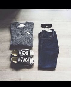 No matter how hard you try, but the winter is coming. This time we are going to speak about winter hipster outfits for girls. This clothing style is already a Hipster Outfits, Mode Outfits, Fashion Outfits, Womens Fashion, Teen Outfits, Fashion Hair, School Outfits, Casual Outfits For Teens School, Latest Fashion