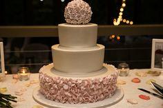 Pink and white rose ruffle cake