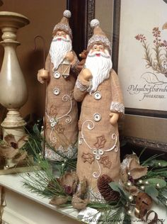 Best Christmas Ornaments Ideas - 4 UR Break- provides some information about interesting trends. Burlap Christmas, Santa Christmas, Little Christmas, Christmas Holidays, Christmas Crafts, Christmas Decorations, Xmas, Christmas Ornaments, Ornaments Ideas