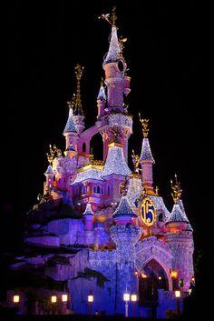 "Christmas in ""Quiet Night with Sleeping Beautys Castle"",Disneyland Paris"