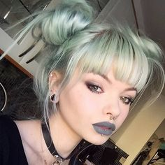 Grey lipstick, think this is lime crime cement makeup hair color, dyed hair, Grunge Look, Grunge Style, Hairstyles With Bangs, Pretty Hairstyles, Scene Hairstyles, Lime Crime, Grey Lipstick, Makeup Lipstick, Grunge Hair