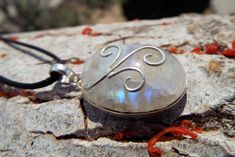 Moonstone – The Magical Gem of Wisdom  Check out our latest blog post! <3