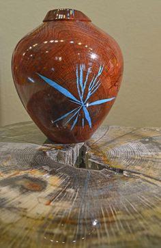 Red Pecan Vase by Jerry Green. Dakota Nature & Art, Hill City.