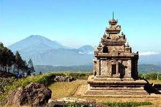 Jual Tiket Pesawat: Candi Gedung Songo Semarang Indonesia  Kesembilan candi kecil Hindu (Gedung Songo berarti 'sembilan bangunan' dalam bahasa Jawa) yang di dalamnya sendiri tidak begitu mengesankan namun berharga. Gedung Songo adalah salah satu kompleks candi paling indah yang berlokasi di Jawa.