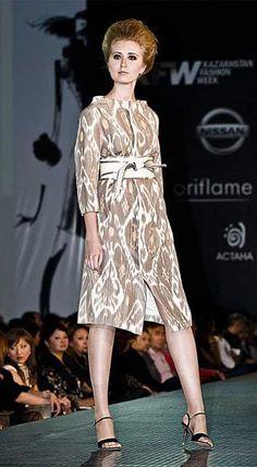 Идеи платьев из узбекского иката (полушелковая ткань, сотканная в ручную, окрашенная в ручную). - Ярмарка Мастеров - ручная работа, handmade
