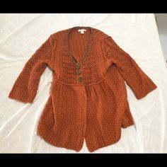Dress barn knit orange rust sweater PL nice hippy This is a real cool nice sweater from dress barn  petites,  size is listed as PL,  no rips tear stains or wear it's just a great sweater 87 % acrylic, 7% poly, 6 nylon Dress Barn Sweaters