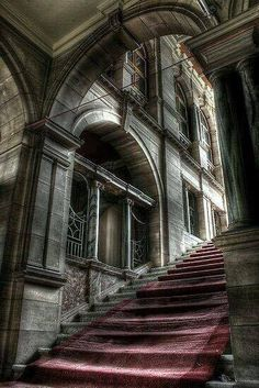 I love this photo of an abandoned Castle in England. Beautiful architecture and staircase! Abandoned Property, Abandoned Castles, Abandoned Places, Beautiful Architecture, Beautiful Buildings, Beautiful Places, Old Mansions, Abandoned Mansions, Old Buildings