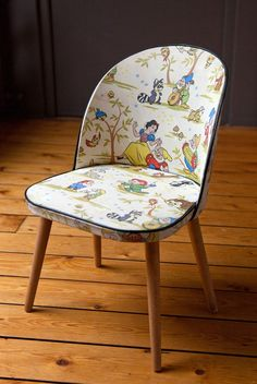 snow white and the seven dudes chair vintage