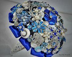 Blue Brooch Bouquet   Blue Button & Brooch Bouquet   DIY stuff that I will never do
