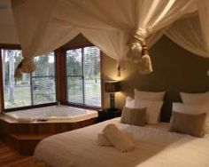 1000 images about sensual bedrooms on pinterest for Passionate bedroom designs