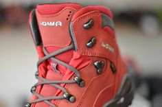Hiking Boots, Modeling, Red, Shoes, Fashion, Moda, Zapatos, Modeling Photography, Shoes Outlet