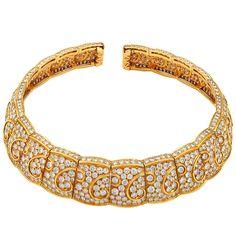 VAN CLEEF & ARPELS Torque Choker Diamond Collar Necklace