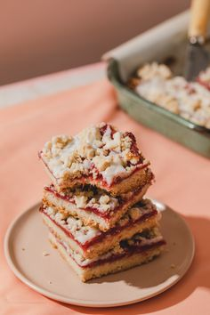 Just in time for spring, these strawberry sugar cookie bars are a perfect homemade dessert that's gluten free, vegan, dairy free and egg free. #spring #springrecipes #strawberry #vegandessert #glutenfree