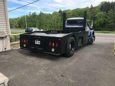 Flo's Loadstar build on a 1996 international frame swap Medium Duty Trucks, Heavy Duty Trucks, Big Rig Trucks, New Trucks, Custom Trucks, Truck Tool Box, Little Truck, Shop Truck, International Harvester