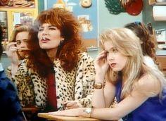 Peggy (Katey Sagal) y Kelly (Christina Applegate)