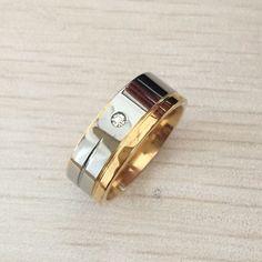 Moda lüks 8 MM yüzük altın gümüş kaplama paslanmaz çelik yüzük kadın ve erkek alyans için rhinestones ile tasarım