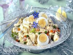 Potato Salad with Eggs and Mayonnaise Czech Recipes, Ethnic Recipes, Gherkin Pickle, Potato Salad With Egg, Salty Snacks, Mayonnaise, Finger Foods, Pasta Salad, Good Food