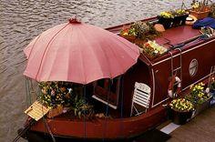Canals, Flowers  Narrowboats - perfection #boats #canals #narrowboats