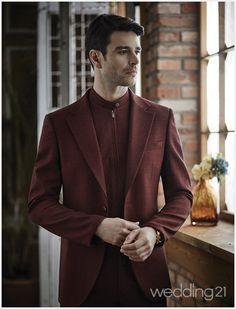 중후하고 세련된 스타일링을 제안하는 라비첸토 2 Suit Jacket, Blazer, Suits, Jackets, Fashion, Down Jackets, Moda, Fashion Styles, Blazers