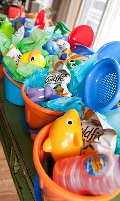 Under the sea party favors - Great use of the plastic mini buckets for the children to take home