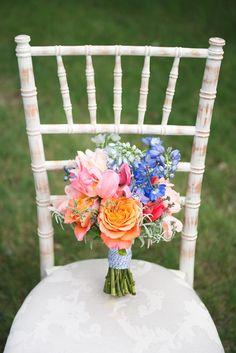 Rustic and bright spring bouquet - Amborella Floral Studio - Kristyn Harder Photography Wedding Flower Arrangements, Flower Centerpieces, Wedding Bouquets, Wedding Flowers, Spring Wedding, Dream Wedding, Rustic Wedding Inspiration, Wedding Ideas, Spring Bouquet