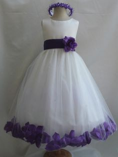 flower girl. mom could sew this ;) but in blue instead of purple!