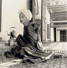 Woman in Moroccan Palace (Lisa Fonssagrives-Penn), Marrakech, 1951