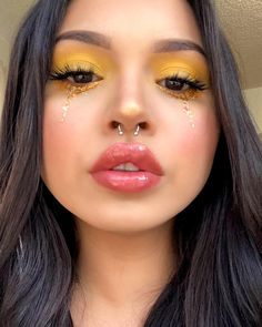 Pretty When You Cry, How To Look Pretty, Septum Nose Piercing, Maybelline Age Rewind Concealer, Bold Eye Makeup, Cool Makeup Looks, Brows On Fleek, Stunning Makeup, Aesthetic Makeup