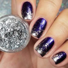 21 Exciting Ideas for New Years Nails to Warm Up Your Holiday Mood; Shine with Glitter New Years Nails! #newyearseve; #nails; #nailart; #naildesigns