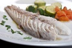 Psari psito sto fourno - rofos, i pio efkoli syntagi Seafood Recipes, Cooking Recipes, Greek Dishes, Tahini, Fish And Seafood, Fresh Rolls, Turkey, Favorite Recipes, Gourmet