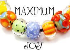 Lampwork Glass Bracelet Maximum Joy by hippkittybeads on Etsy