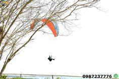 Parapente Cursos Montañita Ecuador Aprende a volar solo en parapente un deporte de aventura con instructores calificados, lleno de adrenalina y disfrutaras del hermoso paisaje de cada lugar .