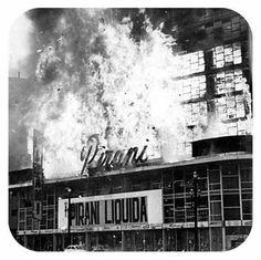 24 de fevereiro de 1972 - Lojas Pirani no incêndio do edifício Andraus.