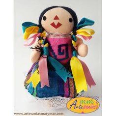 Muñeca Chica sin Listón. www.artesaniasmarymar.com
