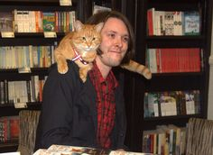 James Bowen and Bob the Street Cat | Flickr - Photo Sharing!