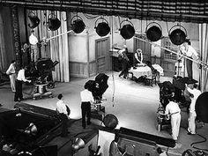 Jackie Gleason Honeymooners   the honeymooners was filmed using three electronicams