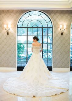 The Suite Life // Gown from Pure Luxe Bridal. Hair + makeup by Randee Strand Artistry. Venue: Rosewood Mansion on Turtle Creek. Planner, stylist & florist: Tami Winn Events. Photo taken by Allen Tsai Photography. #bridesofnorthtx #bridal #bride #gown #wedding