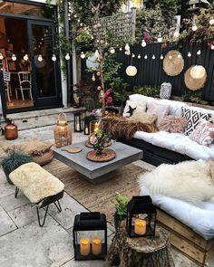 Outdoor Rooms, Outdoor Gardens, Outdoor Living, Outdoor Decor, Balkon Design, Design Jardin, Backyard Patio Designs, Patio Ideas, Backyard Pools