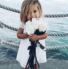 Cute flower girl photo idea