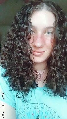 Natural curls Soft Curls, Natural Curls, Curly Hair Styles, Naturally Curly Hair, Loose Curls, Naturally Curly, Natural Curly Hair, Natural Looking Curls