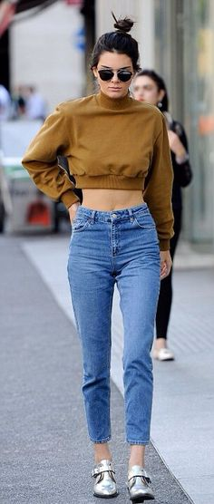 Kendall Jenner in high waisted blue jeans