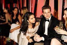 Casa L: Los lunes, músicas nuevas. Charlie Puth y Selena G...