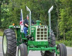 Antique Tractors, Vintage Tractors, Old Tractors, Vintage Farm, Mini Jeep, Classic Tractor, New Trucks, Heavy Equipment, Minneapolis