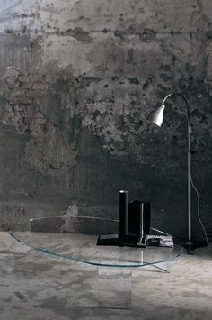 Kooh-I-Noor Table designed by Piero Lissoni, Manufacturer Glas Italia